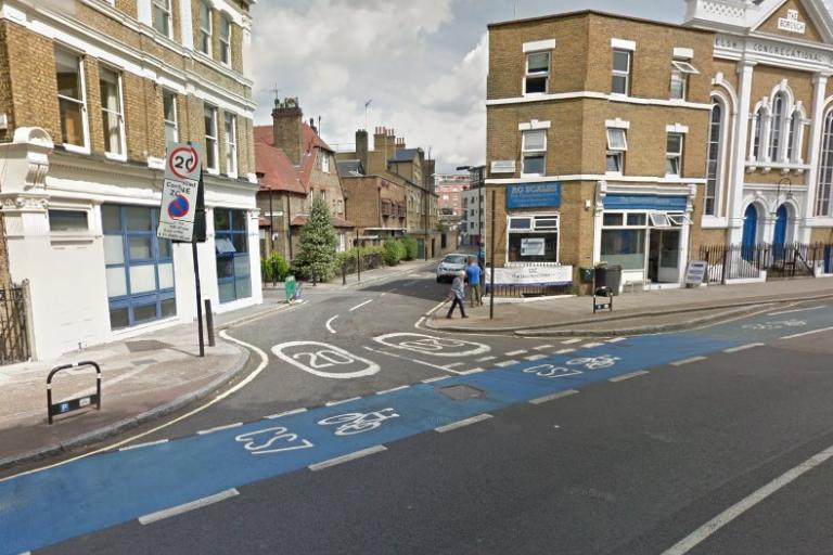 Great Guildford Street junction (via StreetView).jpg