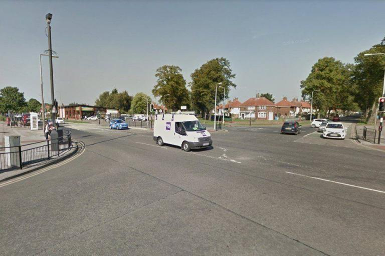 Greenwood Avenue at junction with Ellerburn Avenue, Hull (StreetView).jpg