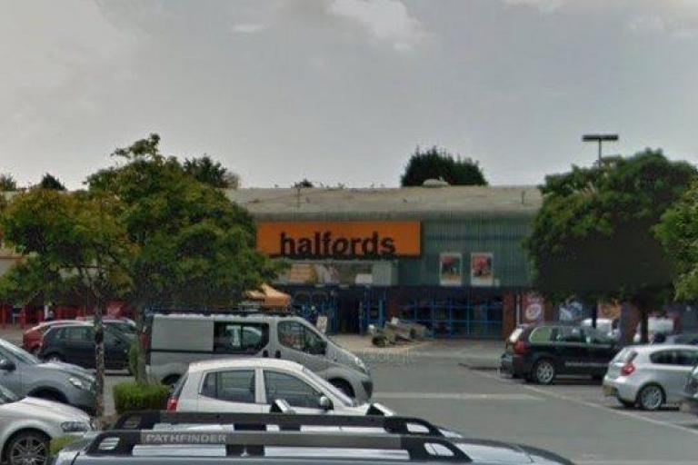Halfords, St Austell (via StreetView).jpg
