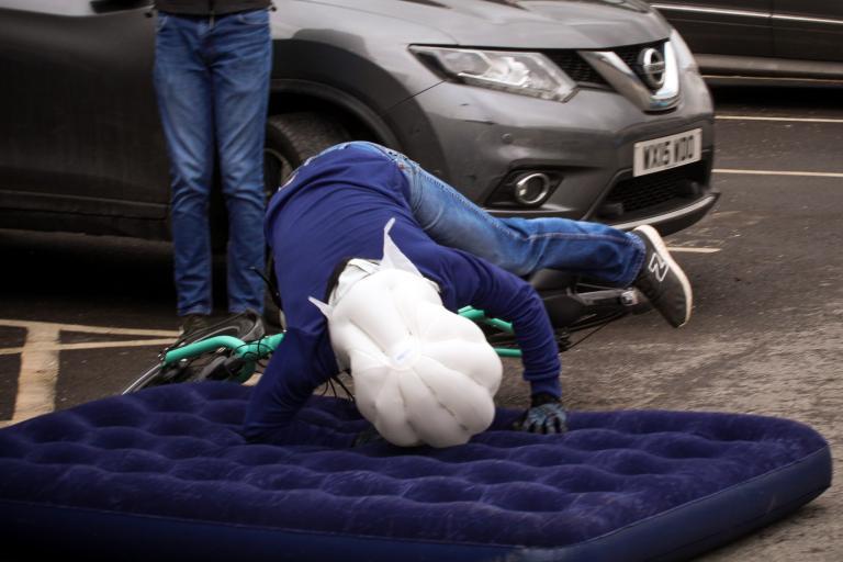 Hovding Airbag -09.jpg