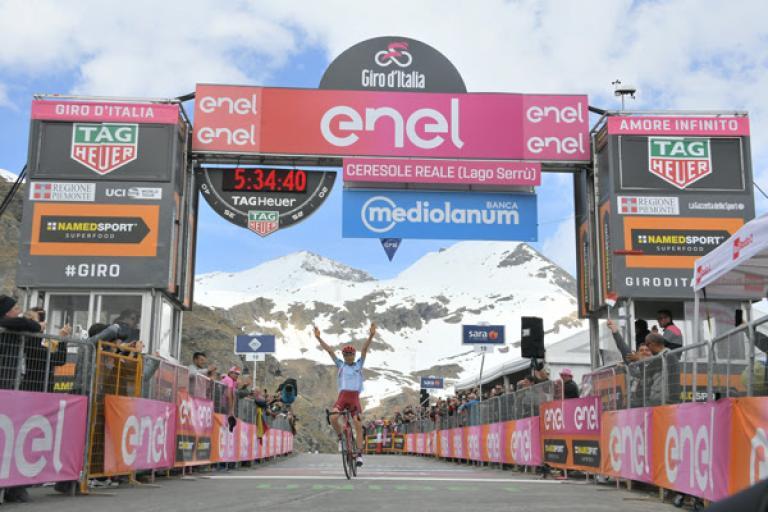 Ilnur Zakarin wins Giro d'Italia Stage 13 (picture RCS Sport, LaPresse)