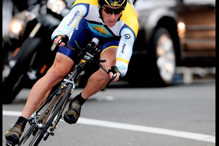 Lance Armstrong Giro 2009  (pic courtesy Photosport International)