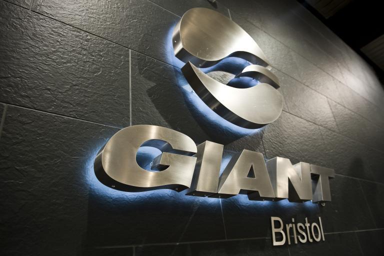 Bristol Giant 1.jpg