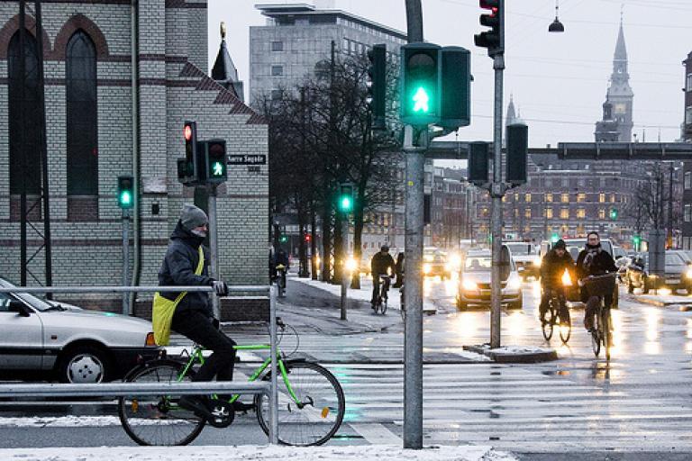 Copenhagen cycle rail (courtesy of Copenhagenize com).jpg