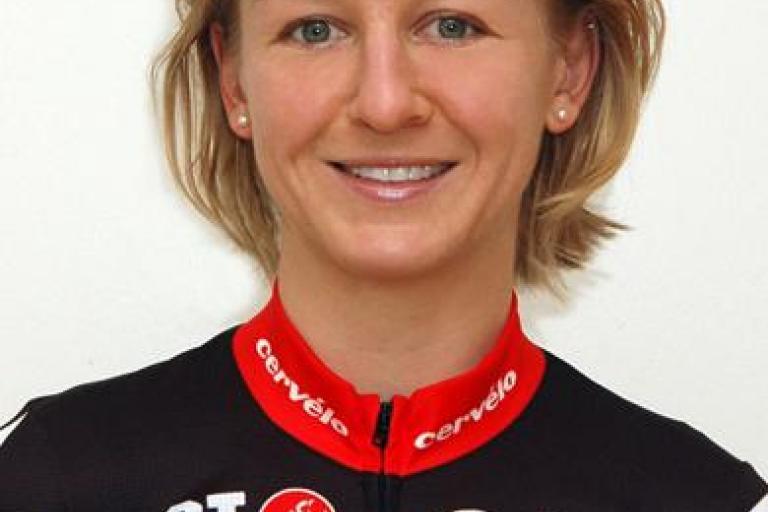 Emma Pooley.png