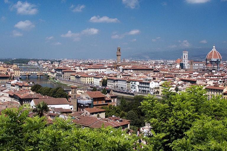 Florence Panorama (credit- Jean-Christophe Benoiste:Wikimedia Commons).jpg
