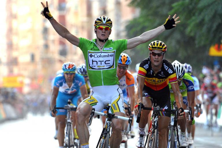 Greipel beats Boonen to take 5th Stage of 2009 Vuelta - and the golden jersey from Fabian Cancellara © Unipublic