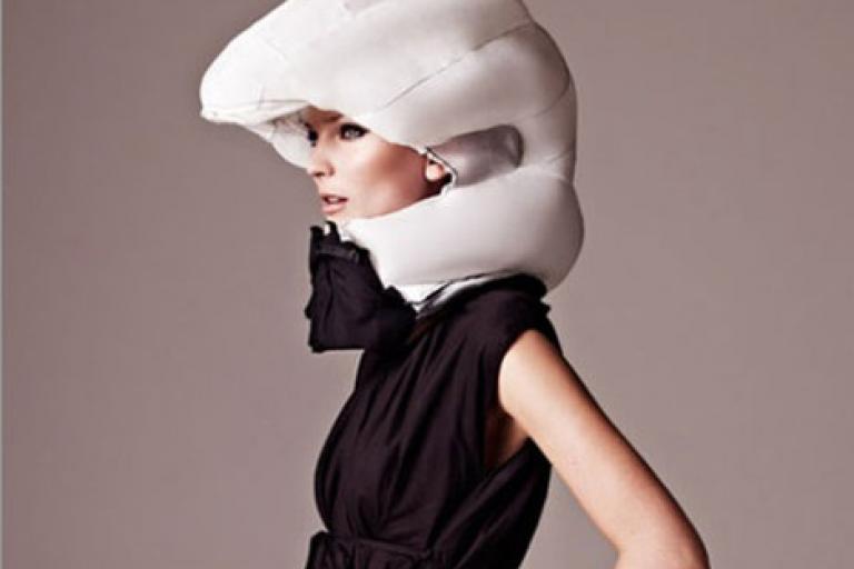Hövding Airbag Helmet.jpg