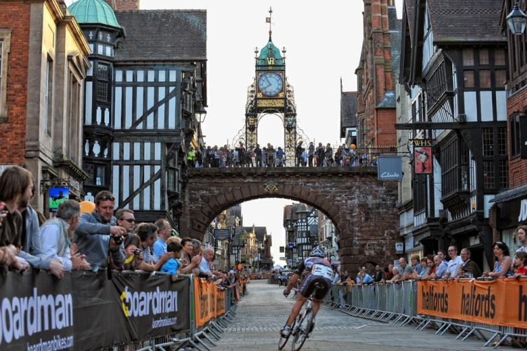 Halfords Tour Series Chester (picture credit Tour Series:JoolzeDymond.com).jpg