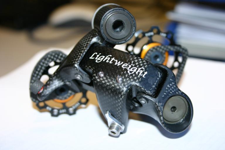 Lightweight rear mech
