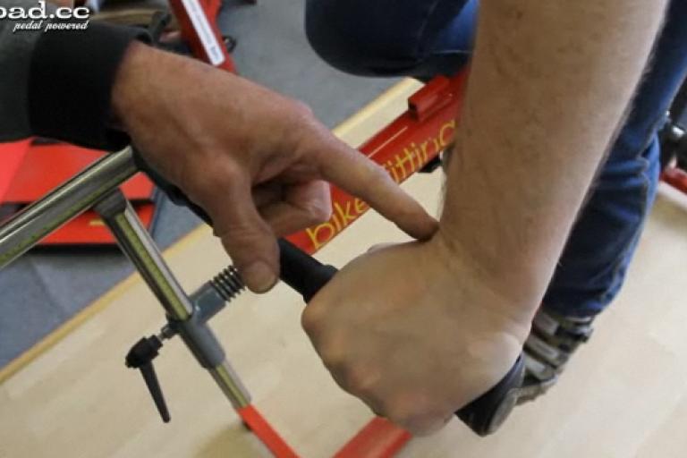 MSG Bike Fit - wrinkly wrist