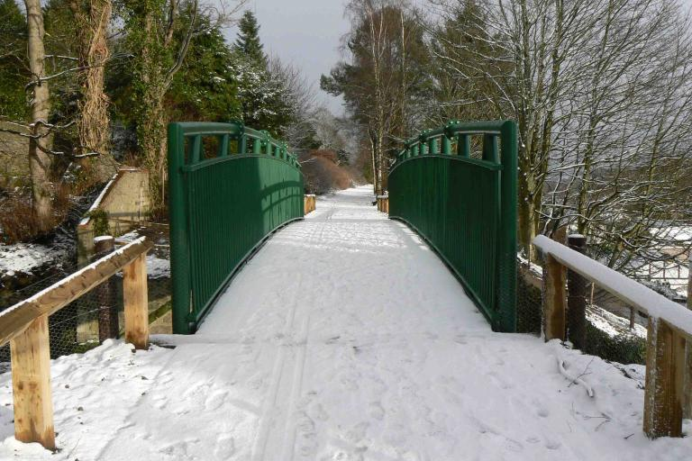 West Cults Bridge.jpg