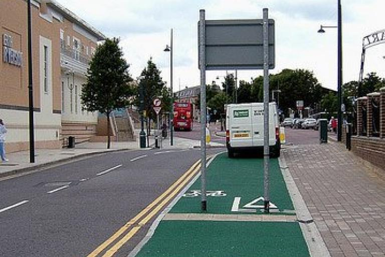 Cycle Lane FAIL (Thanks to Allan Dade for the pic)