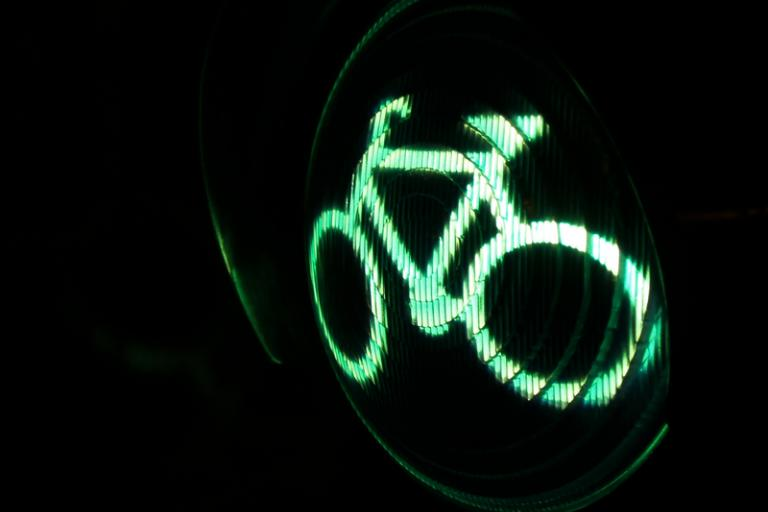 Cycle light green
