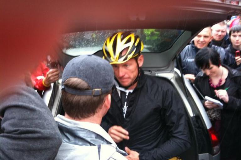 Lance Armstrong Paisley invitation ride (Thanks GrantTod)