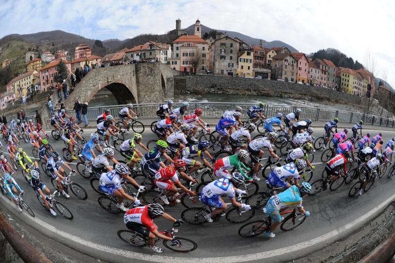 03 2011 Milan San Remo passes through Campo Ligure LaPresse RCS Sport .jpg