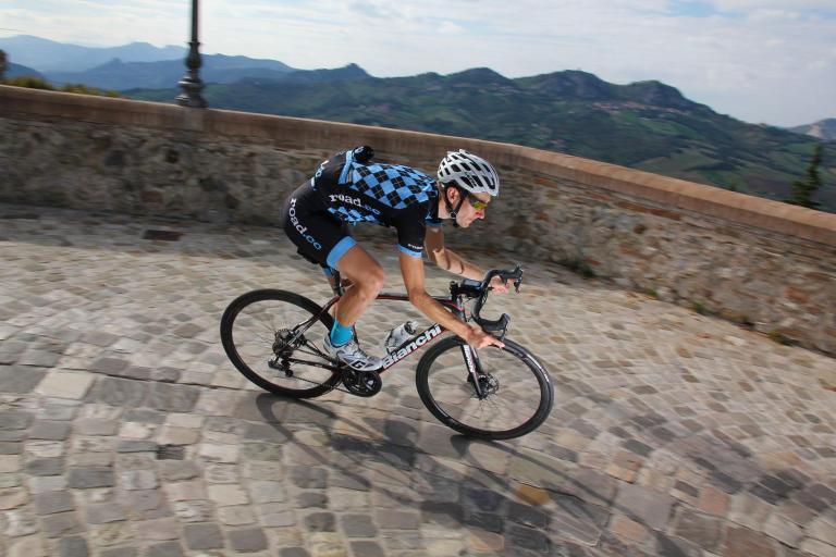 Bianchi Infinito CV Disc - riding 1