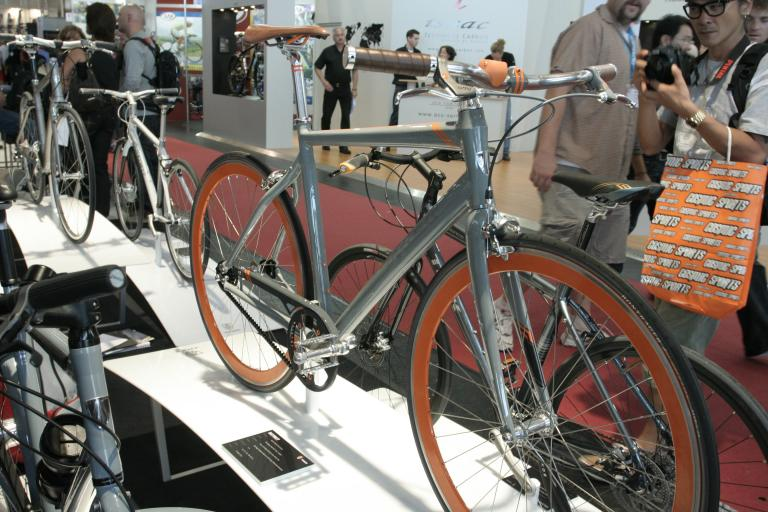 Trek belt drive town bike