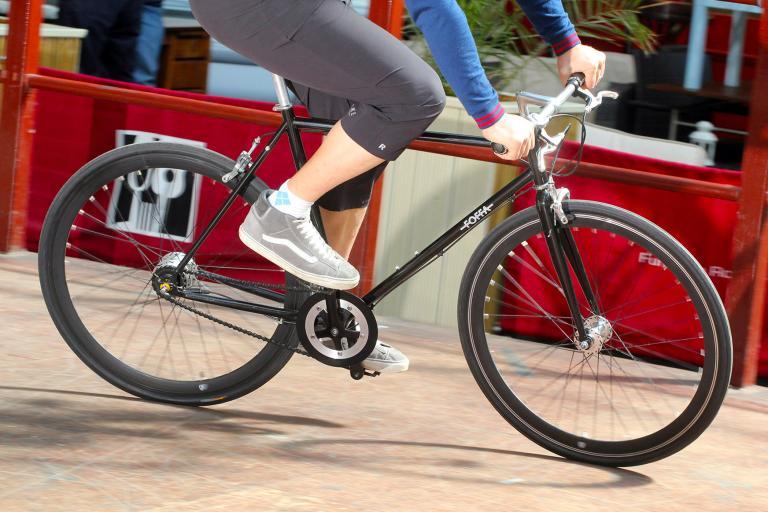 Foffa Urban 7 Speed Nexus - riding 2