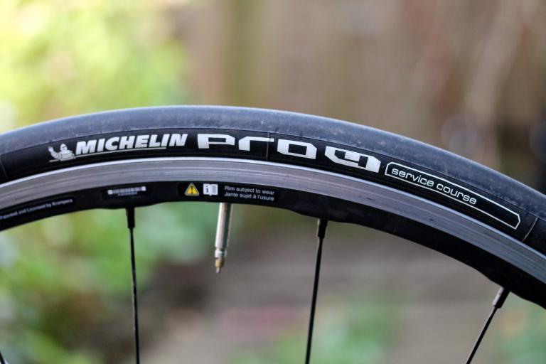 michelin pro4 service course tyre - side
