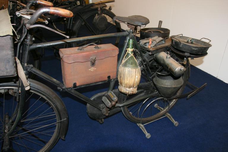 Tradesman bikes - hot chestnut seller bike 3