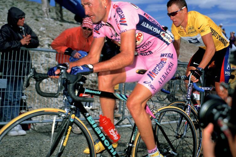 Mt Ventoux Pantani Armstrong2000  ©Photosport International