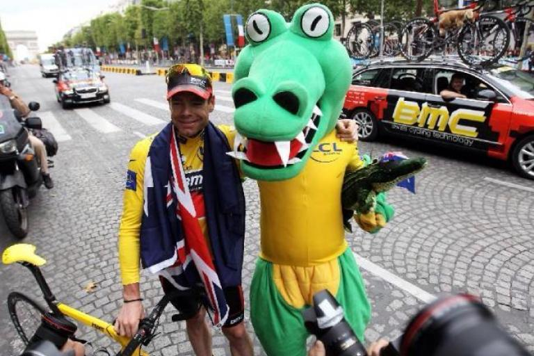 Cadel Evans and Crikey Cadel in Paris