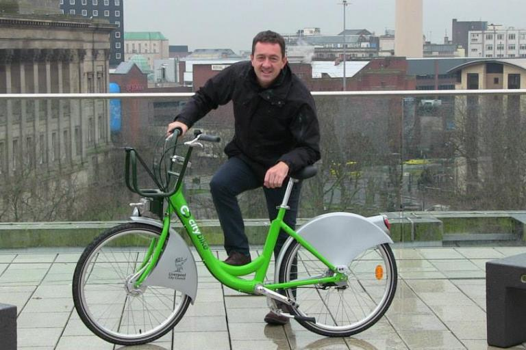 Chris Boardman and Liverpool CityBike (source CityBike on Facebook)