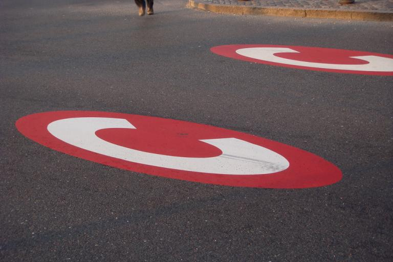 Congestion charge (CC BY-NC 2.0 photosfing:Flickr)