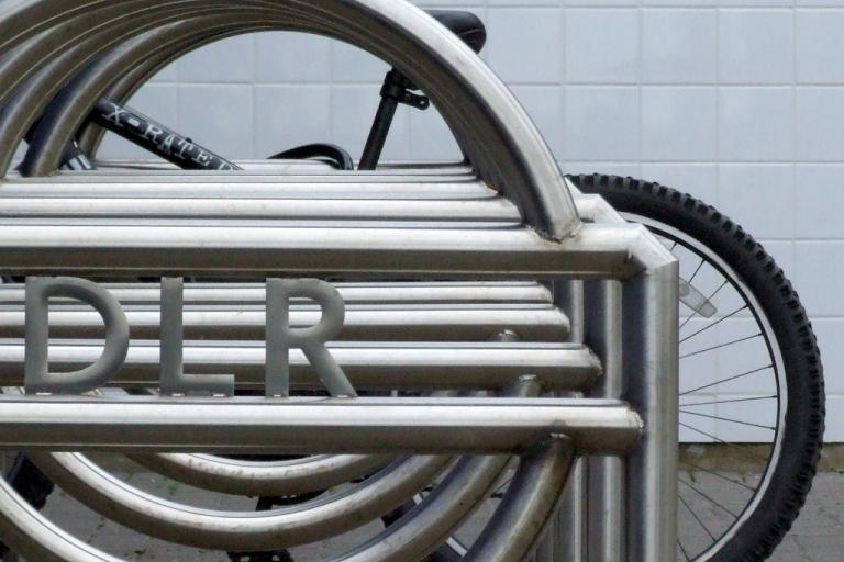 DLR bike rack (CC licensed image by failing_angel:Flickr)