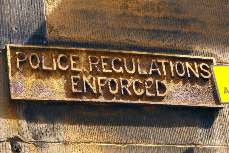 Edinburgh Police Regulations Enforced sign (CC licensed by by Andrew M Butler:Flickr)