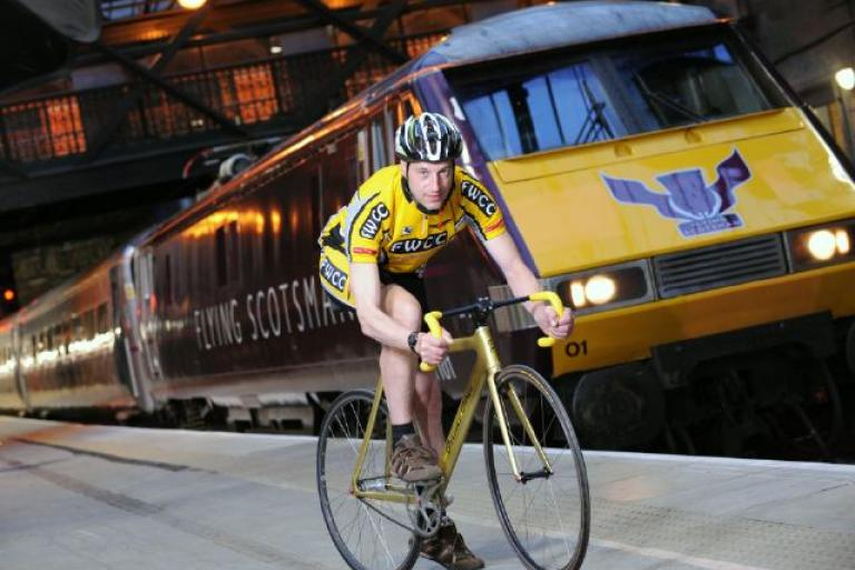 Flying Scotsman Graeme Obree picture courtesy Charlie Milarvie.jpg