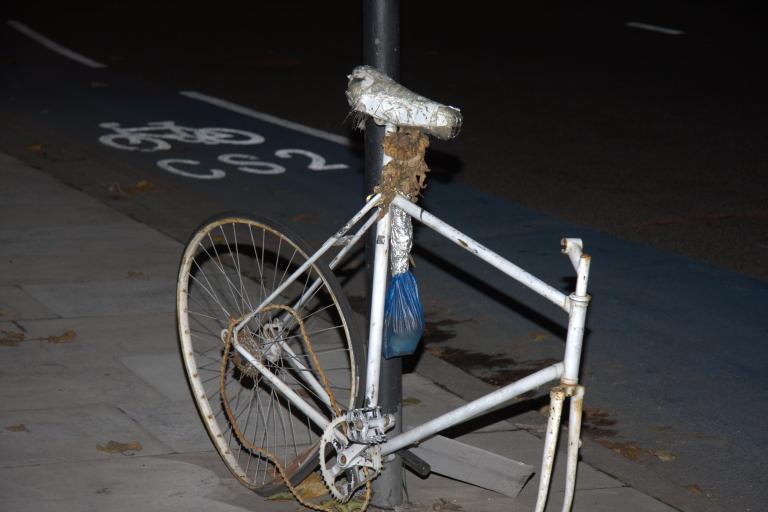 Ghost bike for Brian Dorling at Bow Roundabout (©John Stevenson:road.cc)