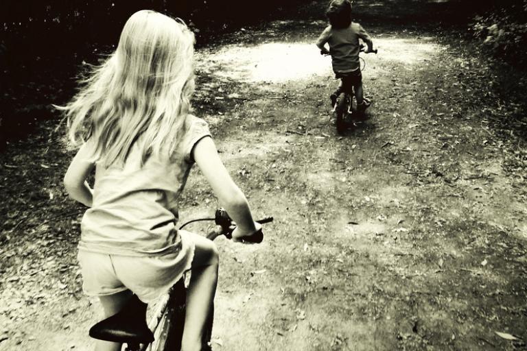 Kids on bikes (CC licensed by horrigans:Flickr)