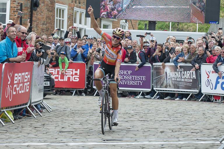 Lizzie Armitstead wins 2015 national road championship  (picture Allan McKenzie, SWpix.com)