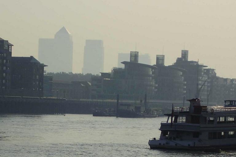 London pollution haze (CC licensed image by Alun Salt:Flickr)
