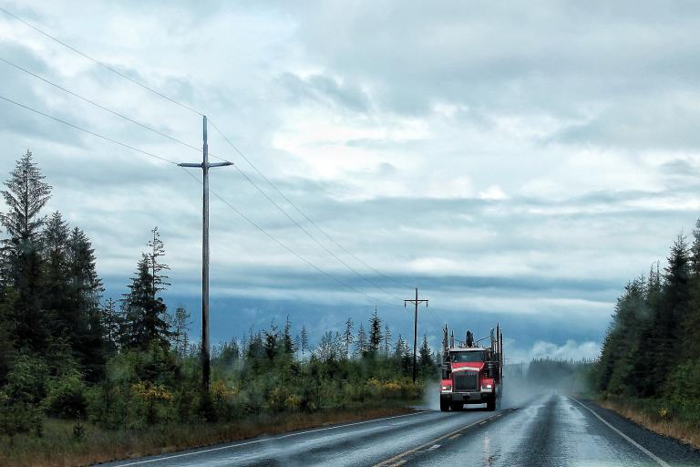 Lorry (by-nc-sa 2.0 licensed by David Basanta:Flickr)