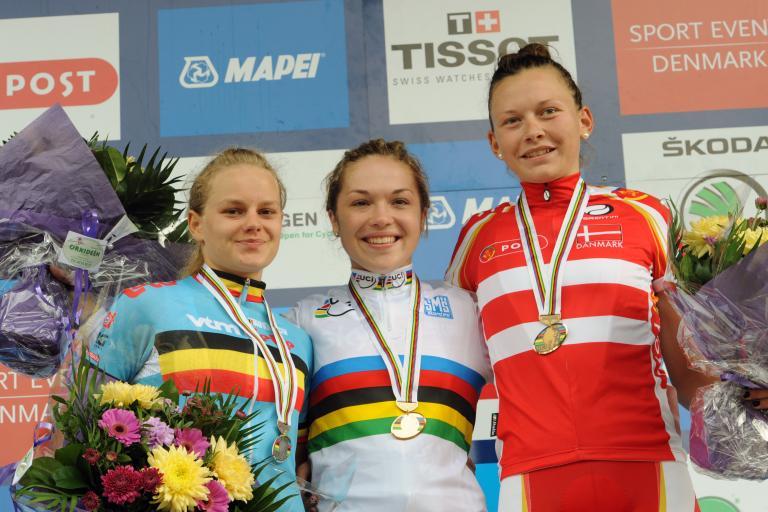 Lucy Garner in the rainbow jersey.jpg