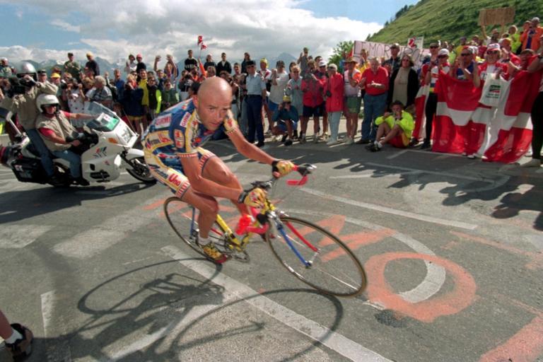 Marco Pantani, Alpe d'Huez, Tour de France, 1997 – Credit Michael Steele, EMPICS Sport