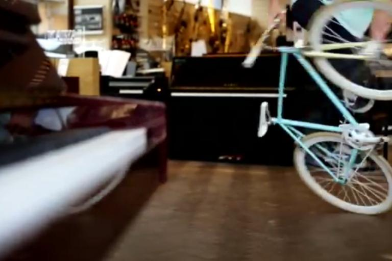 Matti Hemmings shopping for a piano