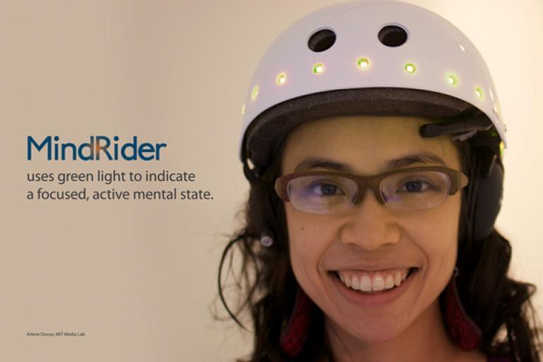 MindRider cycle helmet (Source Arlene Ducao, MIT)