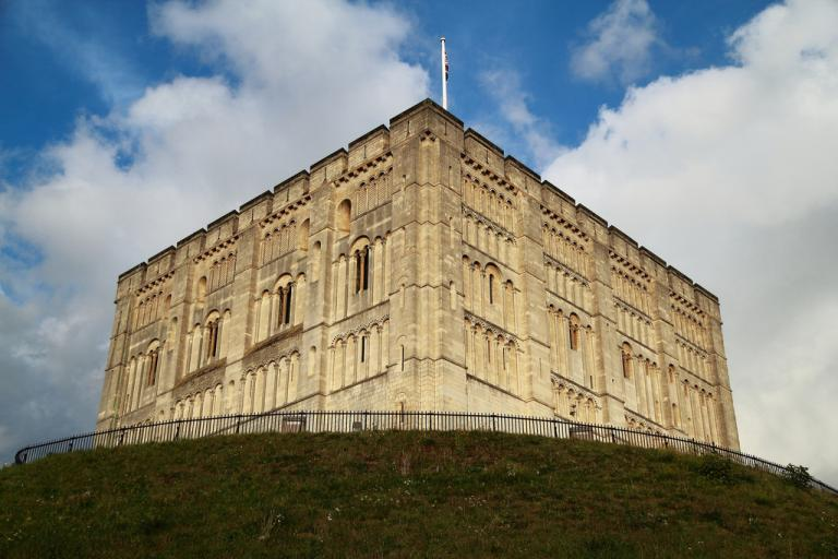 Norwich Castle (image by Flickr user Vinylspider)