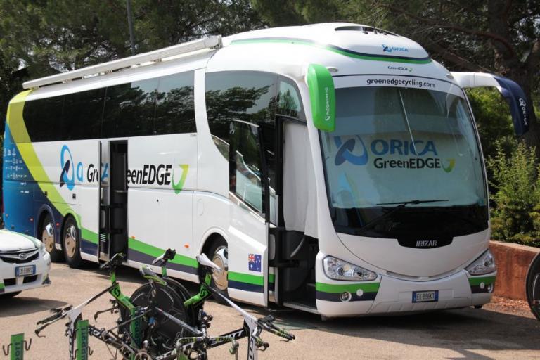 Orica Green Edge team bus1