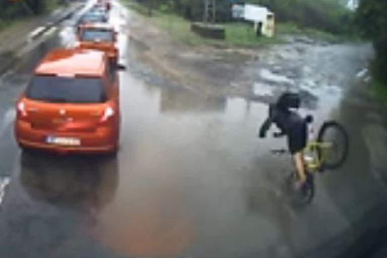 Polish cyclist gets a soaking YouTube still