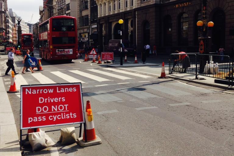 Roadworks sign - narrow lanes