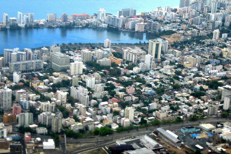 San Juan's Miramar district (licensed under CC BY-S.A. 2.0 on Flickr by Condado PR)
