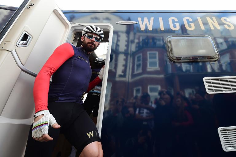 Sir Bradley Wiggins exits bus at start of Tour de Yorkshire 2015 (picture Simon Wilkinson, SWPix)