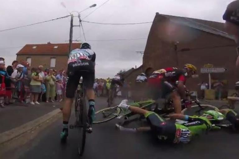 TdF 2015 Stage 4 crash (Velon video still)