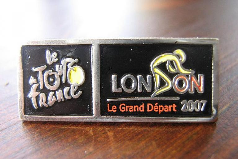TdF London Grand Depart 2007 pin (picture Simon MacMichael)