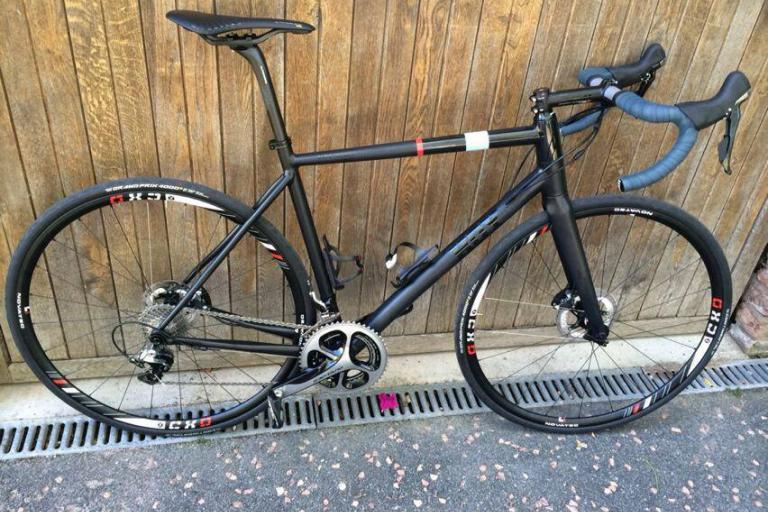 chris hoy disc road bike